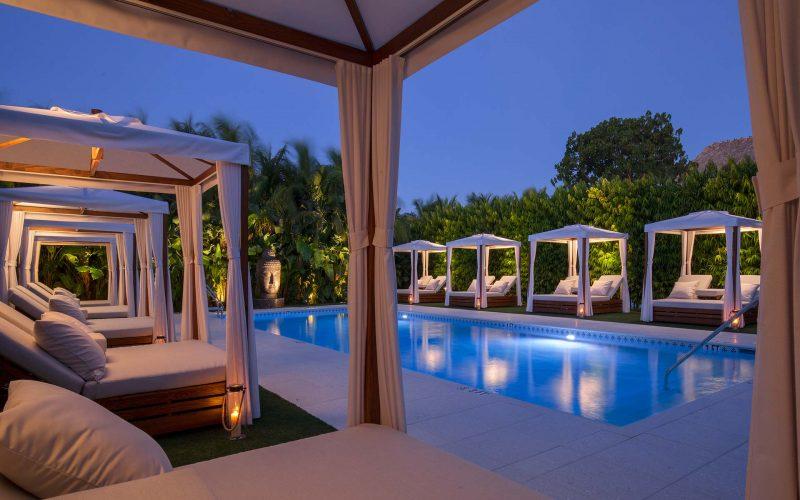 Zen-Pool-Evening