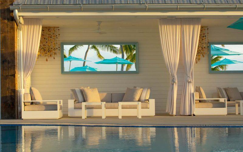 Sunset-Pool-CabanasDaylight