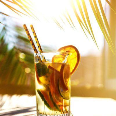 sunset-cocktail-iStock-647684726